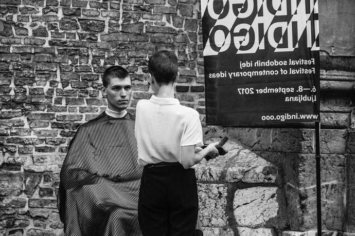HAIR CUTTING IN THE STREET